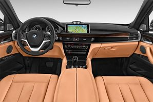 BMW X6 Armaturentafel