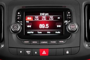 Fiat 500L LIVING Audioanlage