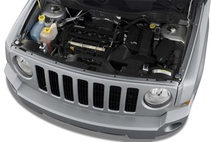 Jeep Patriot Motoransicht