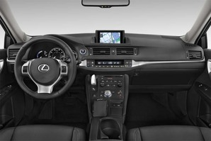 Lexus CT Armaturentafel