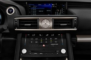 Lexus IS Hybrid Audioanlage