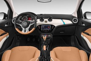 Opel Adam Rocks Armaturentafel