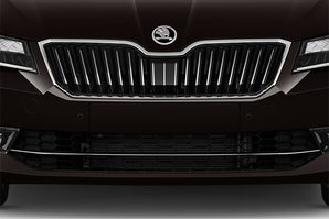 Skoda Superb Combi Kühlergrill