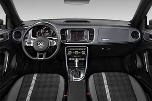 VW Beetle Cabrio SOUND Armaturentafel