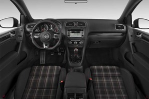 VW Golf GTI Edition 35 Armaturentafel