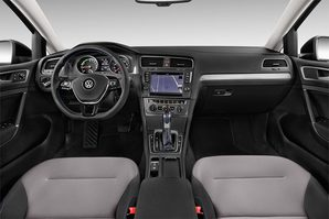 VW e-Golf 7 Armaturentafel