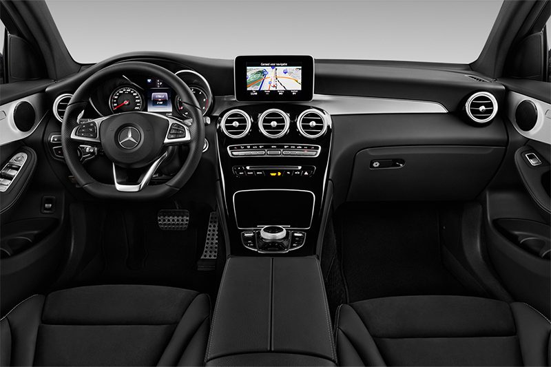 glc coupé armaturentafel